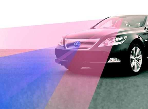 Lexus Pre Collision System frontal