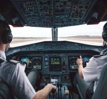 Enhancing the Situational Awareness of Pilots with Voice Assistance