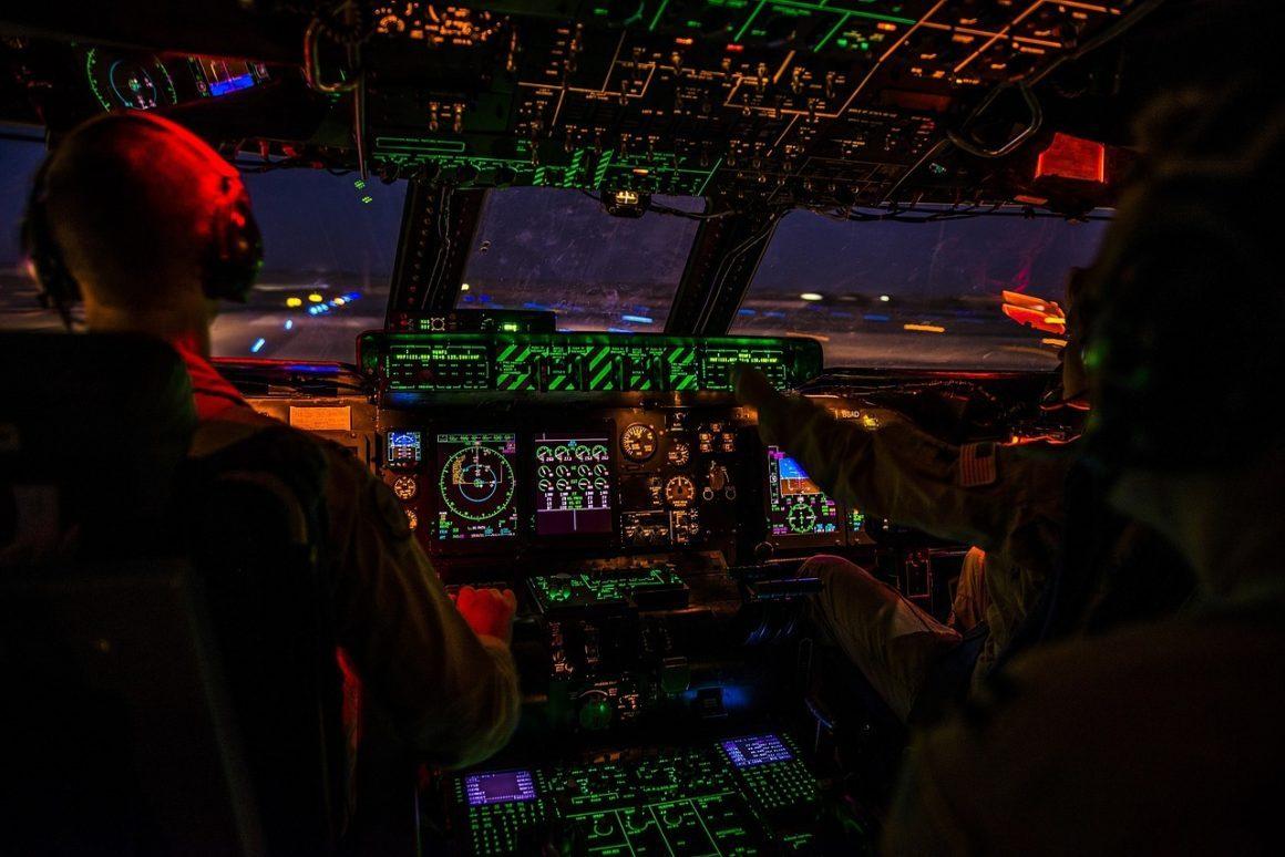 rak0001 02-aircraft-cockpit-at-night
